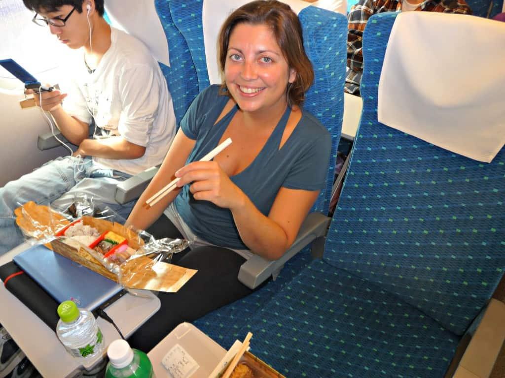 globalhelpswap 5 tips on long distance train travel food