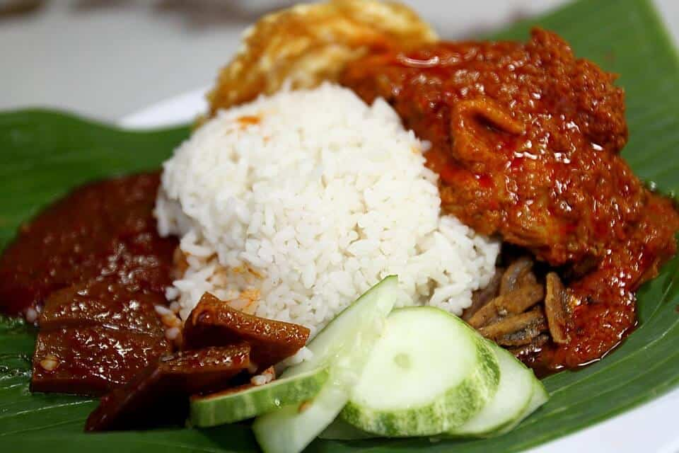 nasi lemak global Nasi lemak is a breakfast staple and can become a global hit like mcdonald's if packaged properly – afp pic, september 18, 2018 nasi lemak, thosai and dim sum should be marketed globally through a franchise system some day, said dr mahathir mohamad.