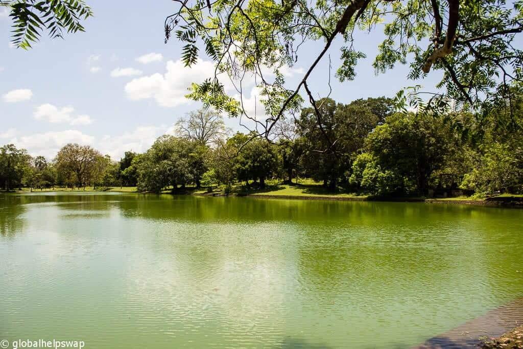 Eth Pokuna (Elephant Pond)