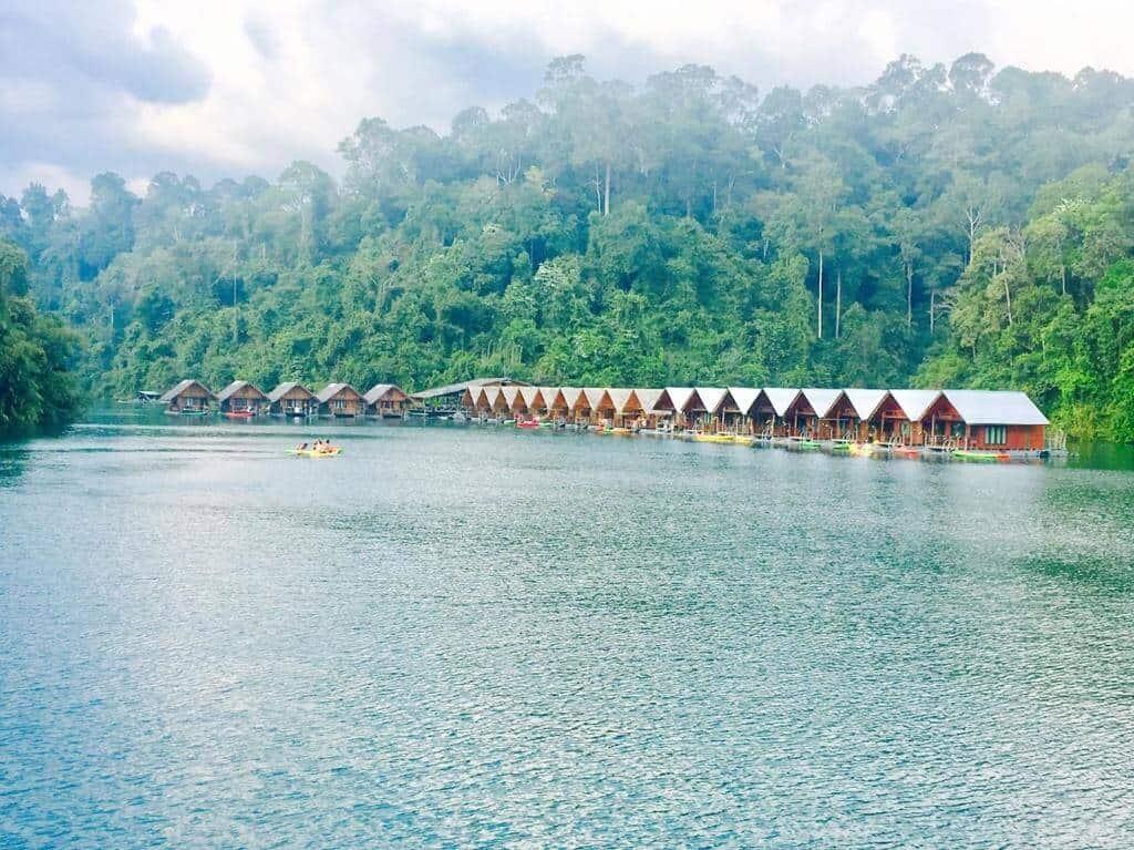 Keereetara floating bungalows, Khao Sok