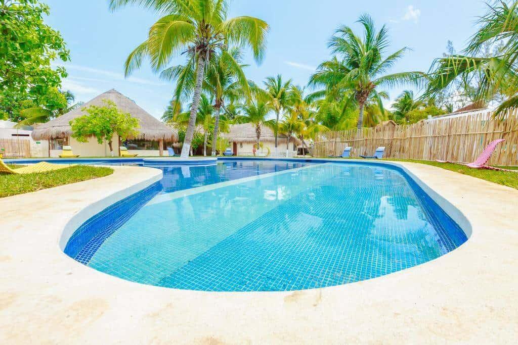 Hotel Paradise Suites